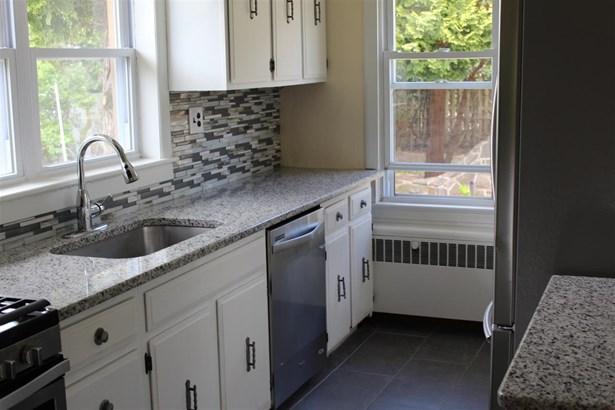 House, 2 Story - Northfield, NJ (photo 3)