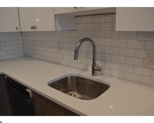 Unit/Flat, Triplex - PHILADELPHIA, PA (photo 2)