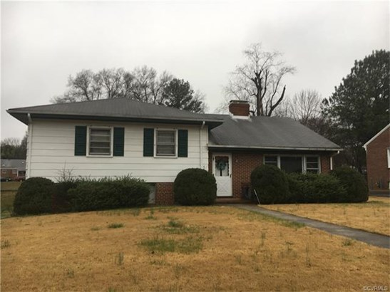 House, Tri-Level/Quad Level - Petersburg, VA (photo 1)