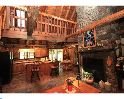 Colonial,Log Home, Detached - SELLERSVILLE, PA (photo 4)