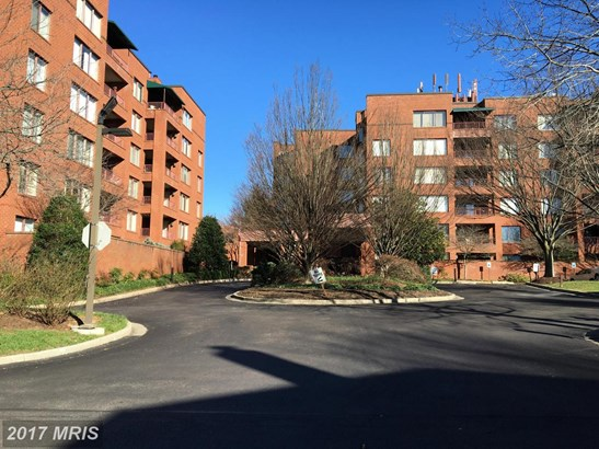 Mid-Rise 5-8 Floors, Other - PIKESVILLE, MD (photo 1)