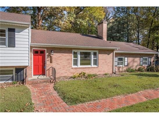 Tri-Level/Quad Level, Single Family - North Chesterfield, VA (photo 2)