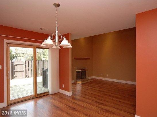 Contemporary, Attach/Row Hse - BALTIMORE, MD (photo 4)