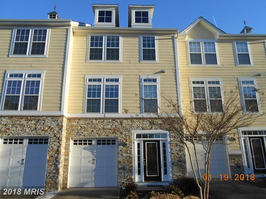 Townhouse, Colonial - COLONIAL BEACH, VA (photo 1)