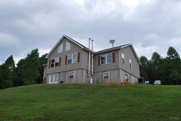 Cape Cod, Single Family Residence - Bedford, VA (photo 1)
