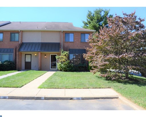 Traditional,EndUnit/Row, Row/Townhouse/Cluster - EXTON, PA (photo 2)