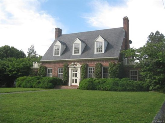 2-Story, Colonial, Single Family - Kenbridge, VA (photo 1)