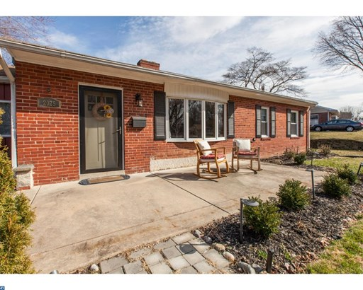 Rancher, Detached - BROOMALL, PA (photo 2)