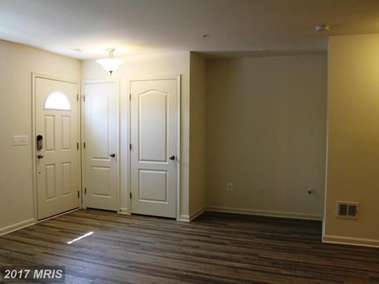 Garden 1-4 Floors, Colonial - ELDERSBURG, MD (photo 2)