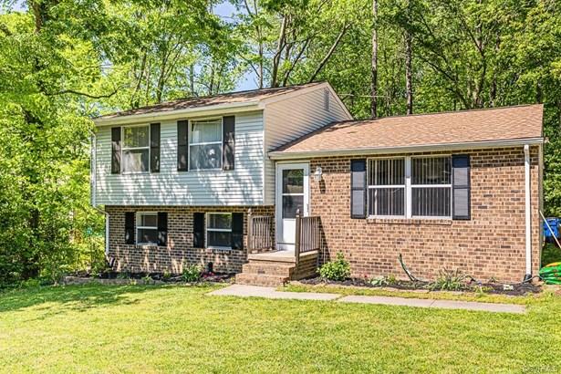 Tri-Level, Single Family - North Chesterfield, VA