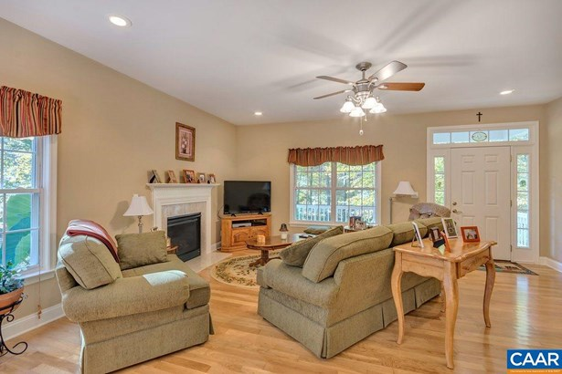 Ranch, Detached - BARBOURSVILLE, VA (photo 4)