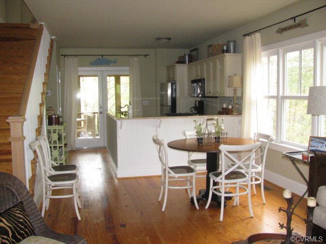 Tri-Level/Quad Level, Victorian, Single Family - Irvington, VA (photo 2)