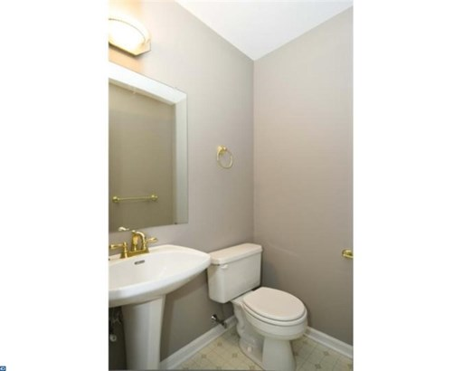 Row/Townhouse/Cluster, Contemporary - KING OF PRUSSIA, PA (photo 4)