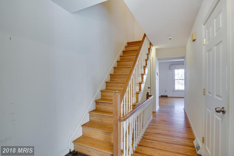 Dutch Colonial, Townhouse - CROFTON, MD (photo 3)