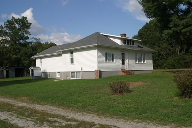 Residential, Bungalow - Lunenburg, VA (photo 2)