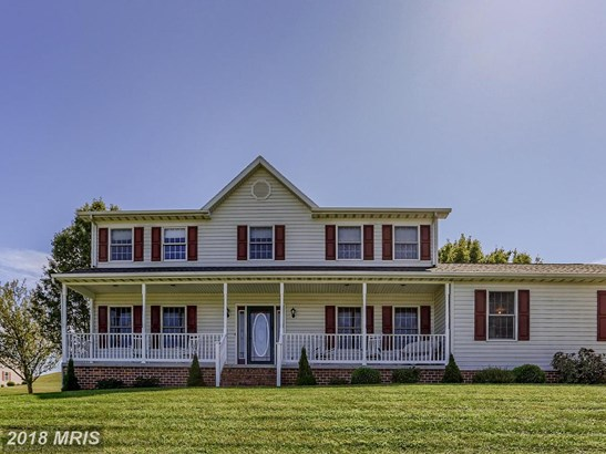 Colonial, Detached - HANOVER, PA (photo 1)