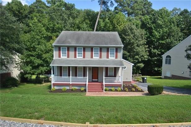 2-Story, Colonial, Single Family - Chester, VA