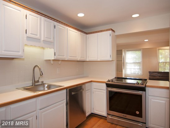 Townhouse, Traditional - ROCKVILLE, MD (photo 4)