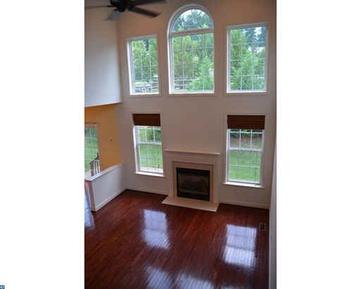 Colonial, Row/Townhouse/Cluster - CHESTER SPRINGS, PA (photo 5)