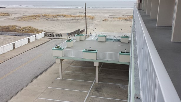 Condo - Wildwood Crest, NJ (photo 5)