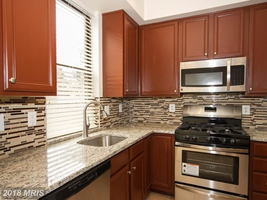 Townhouse, Contemporary - BALTIMORE, MD (photo 5)
