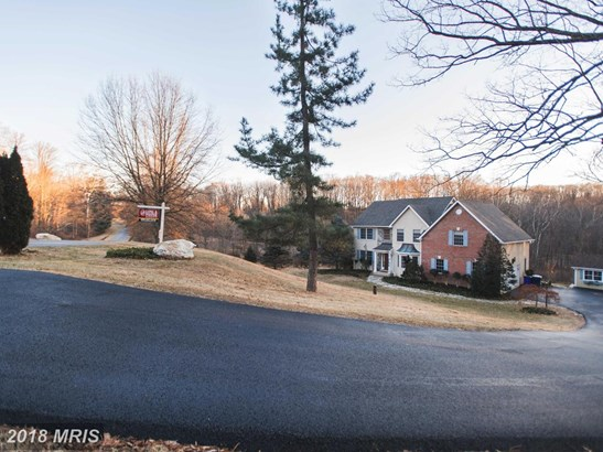 Traditional, Detached - FREDERICK, MD (photo 2)