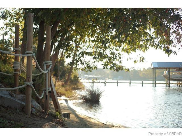 2-Story, Single Family - Hallieford, VA (photo 5)