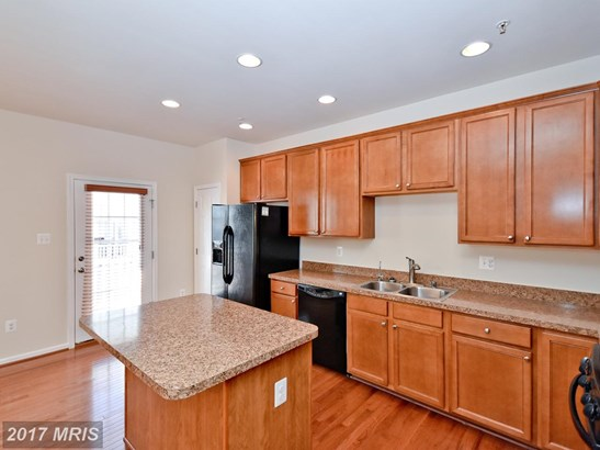 Townhouse, Colonial - JESSUP, MD (photo 2)