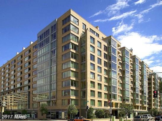 Hi-Rise 9+ Floors, International - WASHINGTON, DC (photo 1)