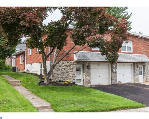 Semi-Detached, Colonial - HAVERTOWN, PA (photo 2)