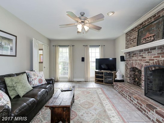 Colonial, Detached - POOLESVILLE, MD (photo 3)