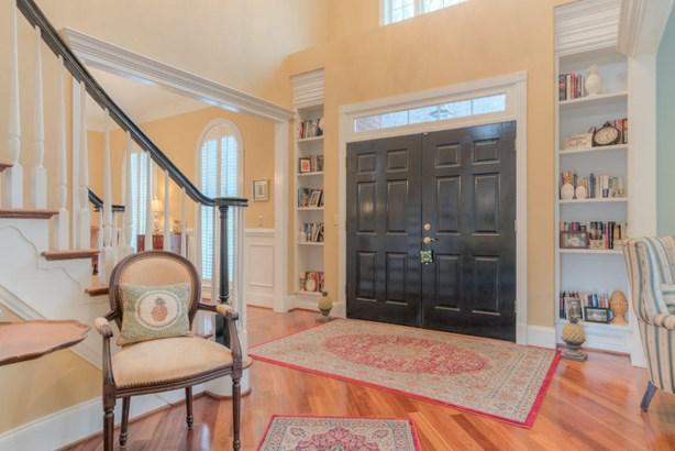 Residential, Colonial - Radford, VA (photo 3)