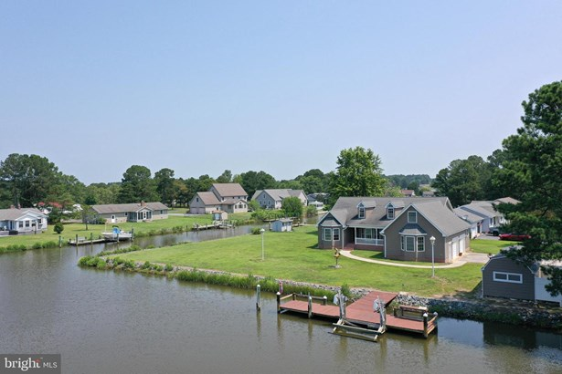 Detached, Single Family - CRISFIELD, MD