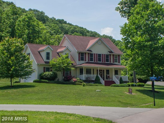 Colonial, Detached - RIDGELEY, WV (photo 2)