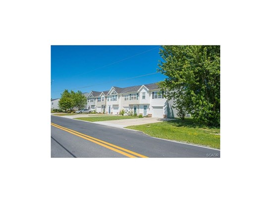 Condo/Townhouse, Colonial, Townhouse - Fruitland, MD (photo 2)