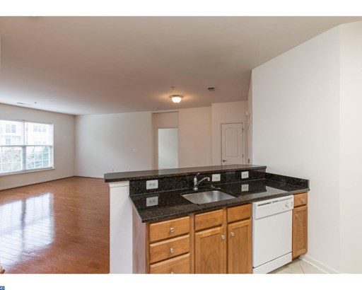 Unit/Flat, Traditional - CHESTER HEIGHTS, PA (photo 2)