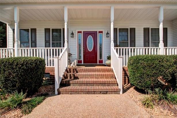 Colonial, Single Family - Gloucester County, VA (photo 2)