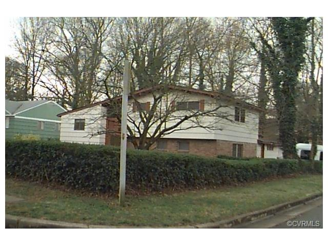 Transitional, Tri-Level/Quad Level, Single Family - Petersburg, VA (photo 1)