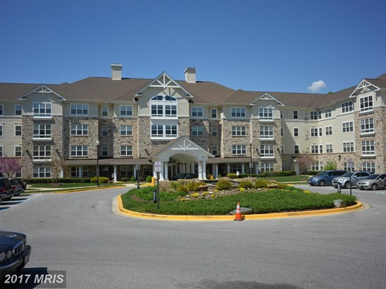 Mid-Rise 5-8 Floors, Craftsman - FORT WASHINGTON, MD (photo 2)