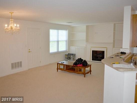 Mid-Rise 5-8 Floors, Craftsman - FORT WASHINGTON, MD (photo 4)