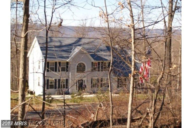 Colonial, Detached - HEDGESVILLE, WV (photo 2)
