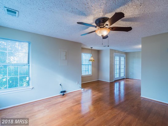 Townhouse, Traditional - UPPER MARLBORO, MD (photo 4)
