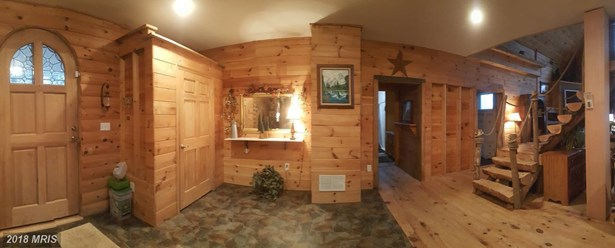 Chalet, Detached - HEDGESVILLE, WV (photo 5)
