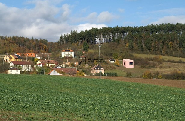 Černín, Zdice, Outside Prague - CZE (photo 1)