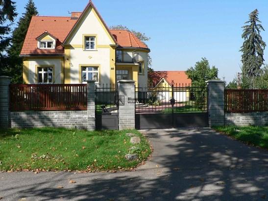 Suchomlýnská 554, Unhošť, Prague-west - CZE (photo 2)
