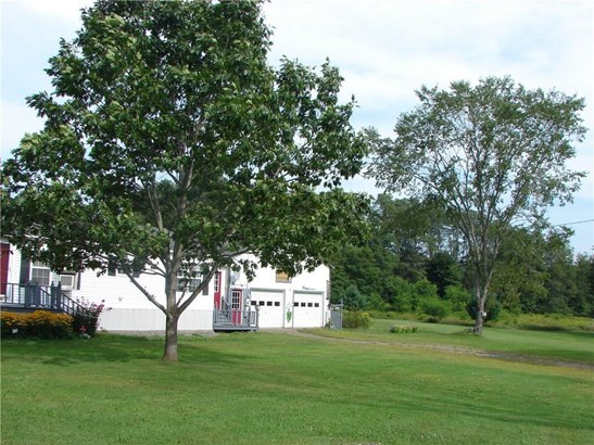 Double Wide, Manufactured Home - Dexter, ME