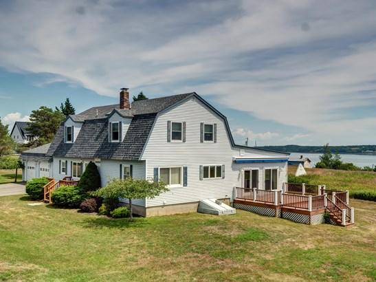Gambrel, Single Family Residence - Eastport, ME