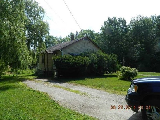 Single Family Residence, Bungalow - Cherryfield, ME