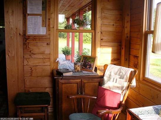 Single Family - Dover Foxcroft, ME (photo 4)