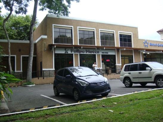 Centro Comercial Embassy Club , Clayton - PAN (photo 2)